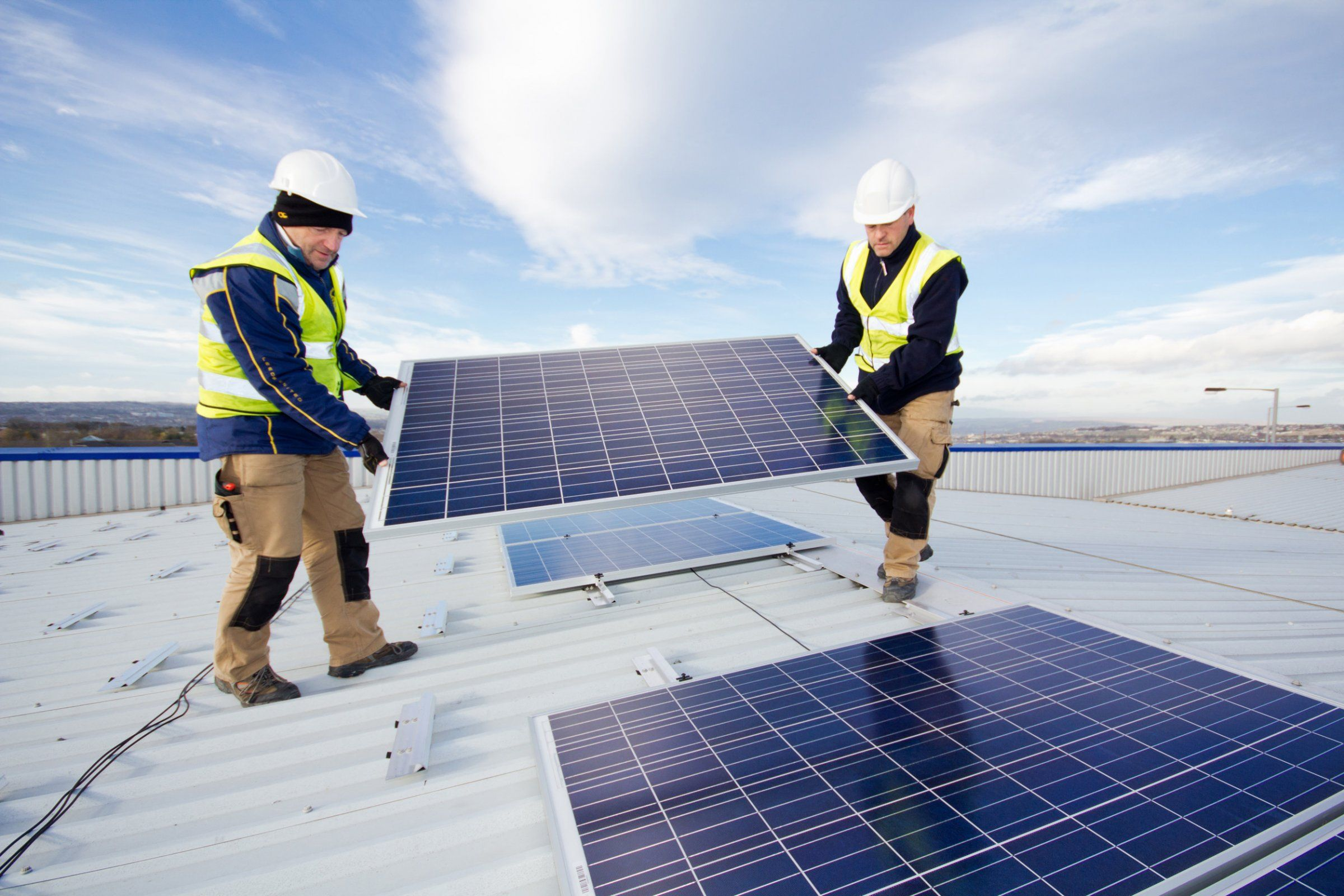 Investors Who Couldn T Care Less About Clean Energy Are Giving Money To A Solar Finance Fund Promising Big Returns Solar Finance Solar Solar Installation