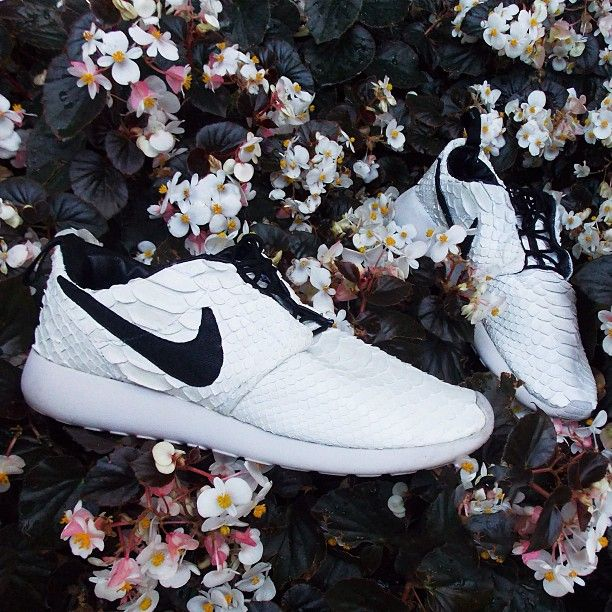the best attitude 26755 3cb25 ... closeout 2014 cheap nike shoes for sale info collection off big discount.  852af 562b3