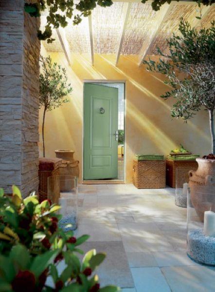 Porte d\u0027entrée, comment bien la choisir Gates, Outdoor spaces and - choisir une porte d entree