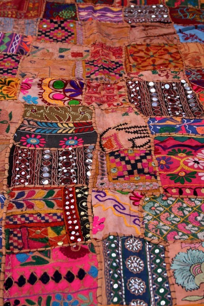 details zu vintage patchwork wandbehang indien tischdecke handarbeit wandteppich goa ethno. Black Bedroom Furniture Sets. Home Design Ideas