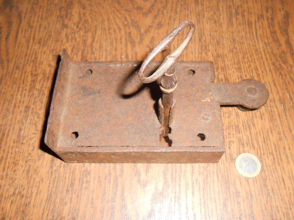 Vintage Canadian Solid Metal SKELETON KEY~Ancienne CLE PASSE-PARTOUT Canadienne