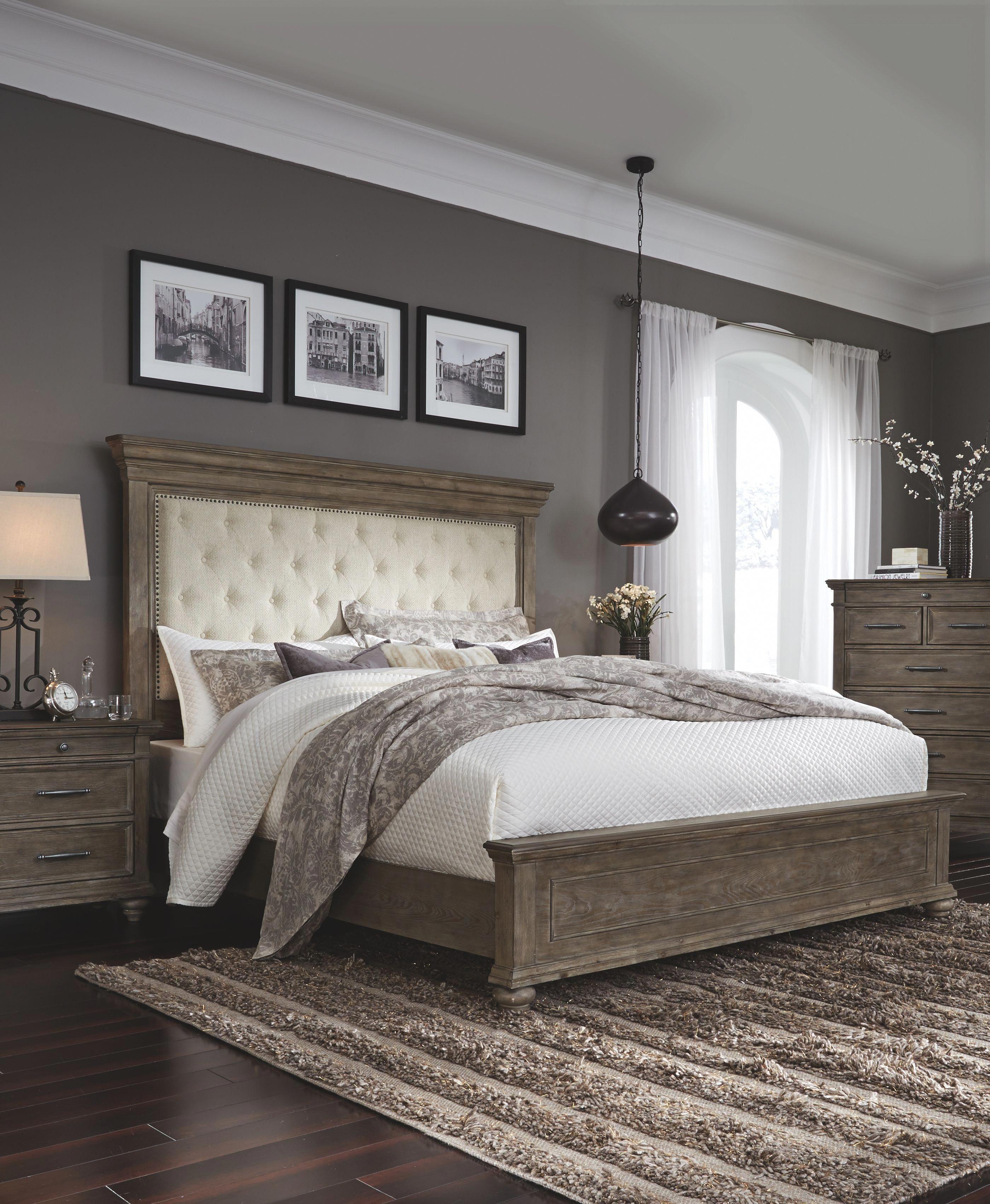 Johnelle Bedroom Set White