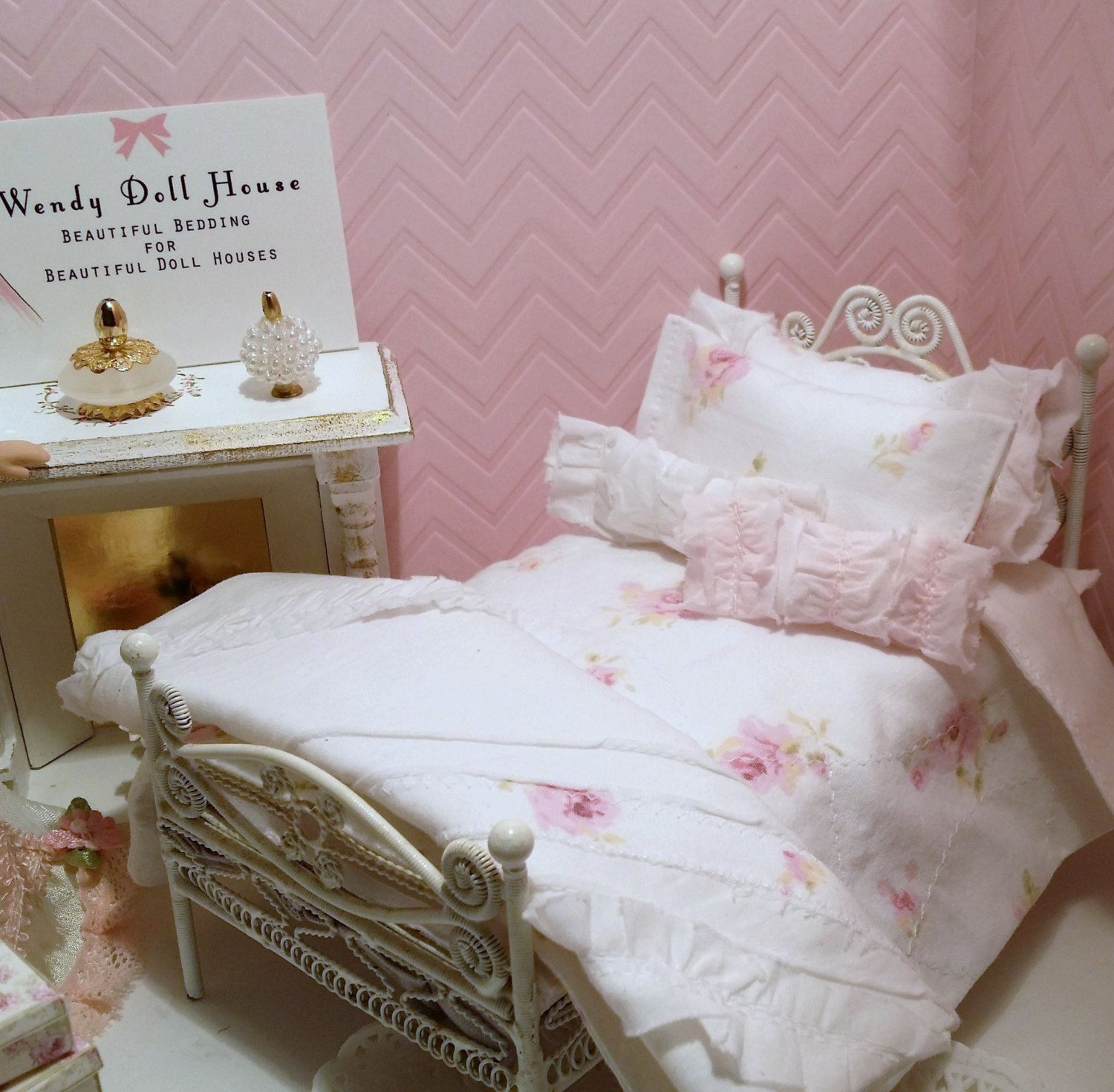 Pink Roses Reversible Bedding Set For 112 Single Dollhouse Bed,