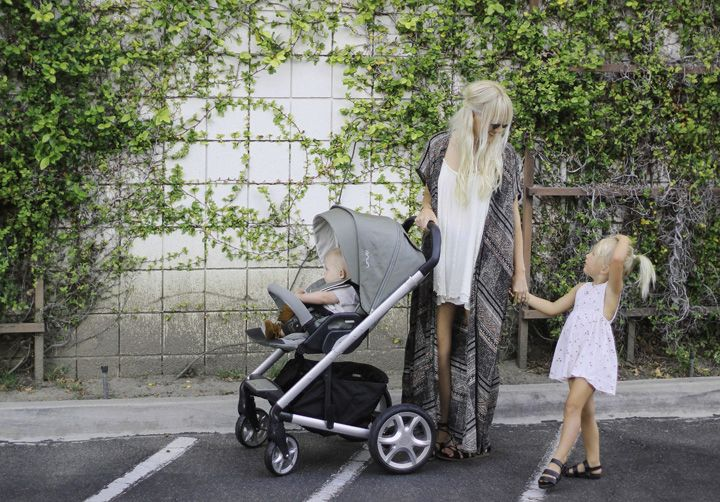 Stroll on with the Nuna MIXX stroller Whether it be an all