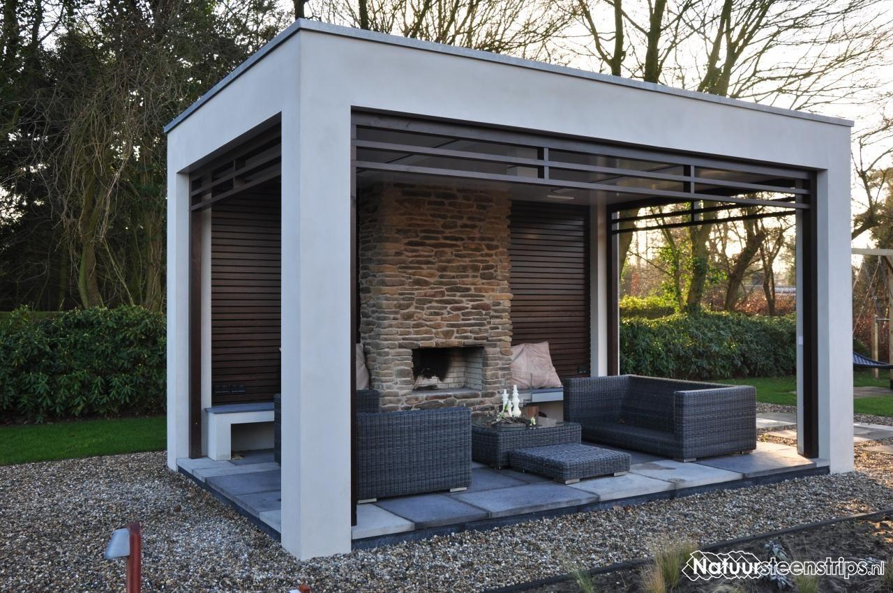 Luxe overkapping buitenverblijf voorzien van blumone steenstrips mt bij open haard tuin - Veranda met muur ...