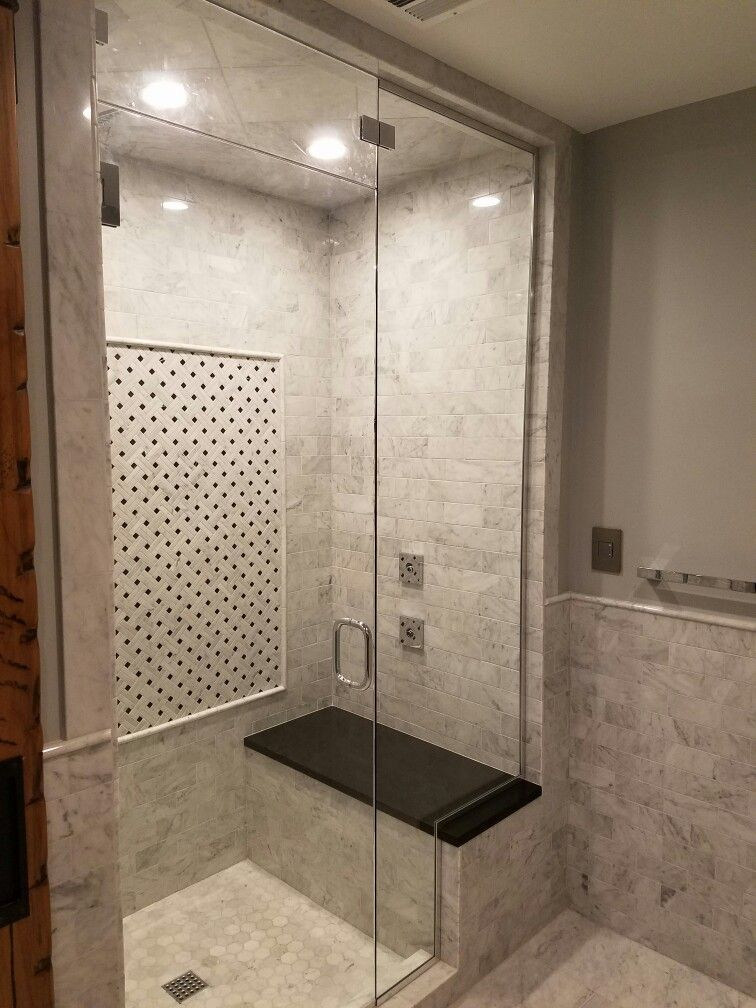 Carrara Marble Steam Shower With 3 8 Glass Shower Door With Steam Vent At Top Rain Head Body Sp Bathroom Redesign Bathroom Remodel Shower Steam Room Shower