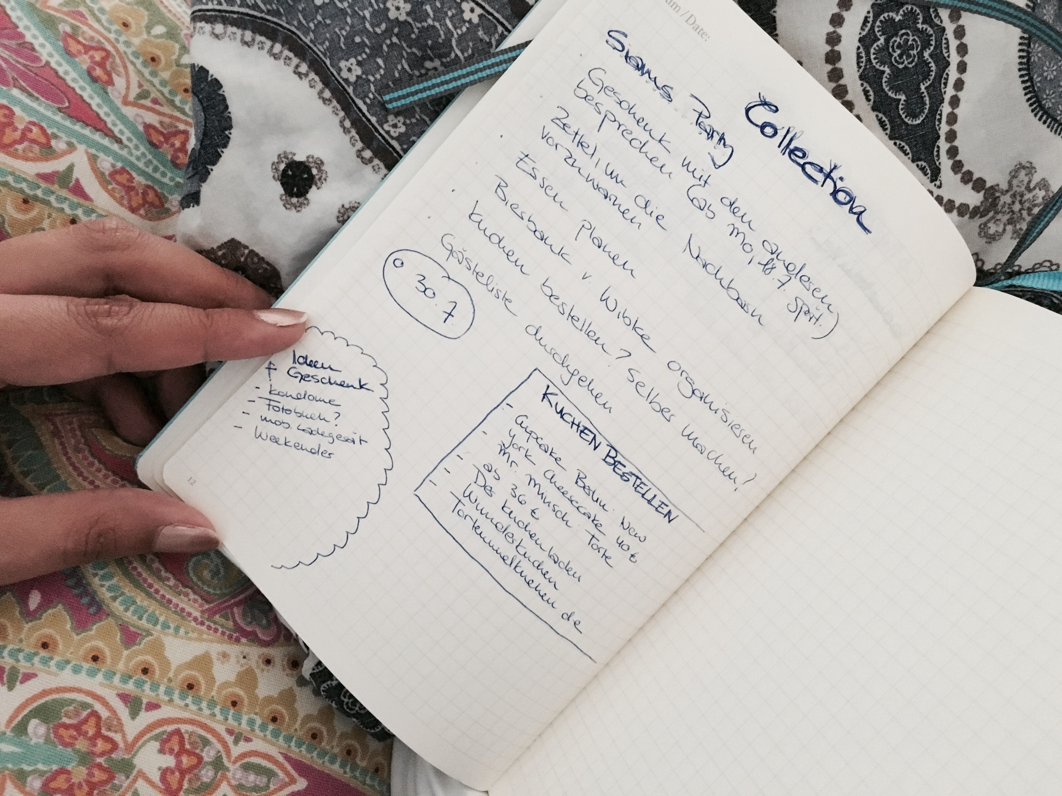Einen Haufen To Dos und Termine im Kopf? Und dann noch etliche Ideen und Gedanken, die für zusätzliches Chaos sorgen? Darum bevorzugen einige die Rückkehr zu Stift und Papier und schwören auf das sogenannte Bullet Journaling.