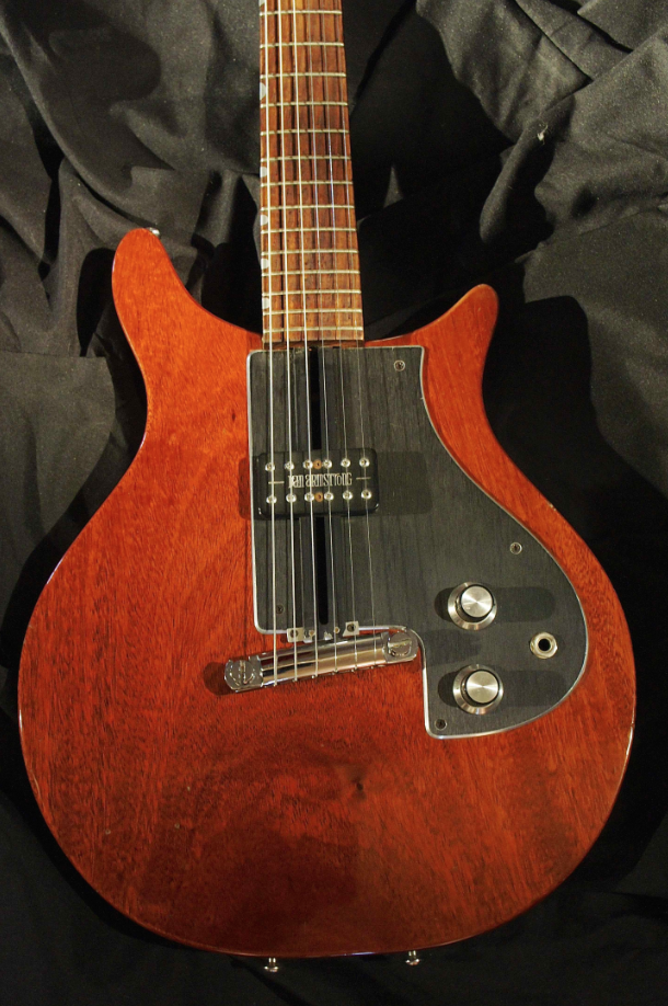 """Dan Armstrong, Model 341 """"London Woody"""", 1974. What is notable is the single movable pickup. Still hasn't taken off altho it's a great innovation! The cast aluminium bridge is connected to an aluminum ramp that runs from the front of the bridge - to the end of the neck/fingerboard. The pickup is able glide along on this ramp and be positioned anywhere between the end of the neck and the beginning of the bridge. The ramp & sliding pickup were both designed by Kent Armstrong. – 3 of 3"""
