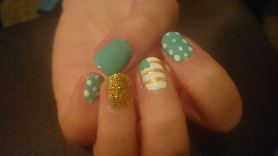 Rheas nails