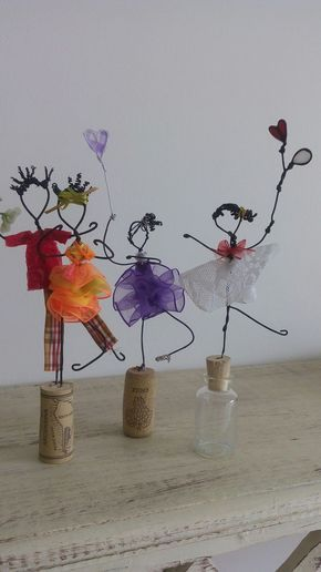 Fun idea for wire, ribbon and recycled cork people for Halloween?