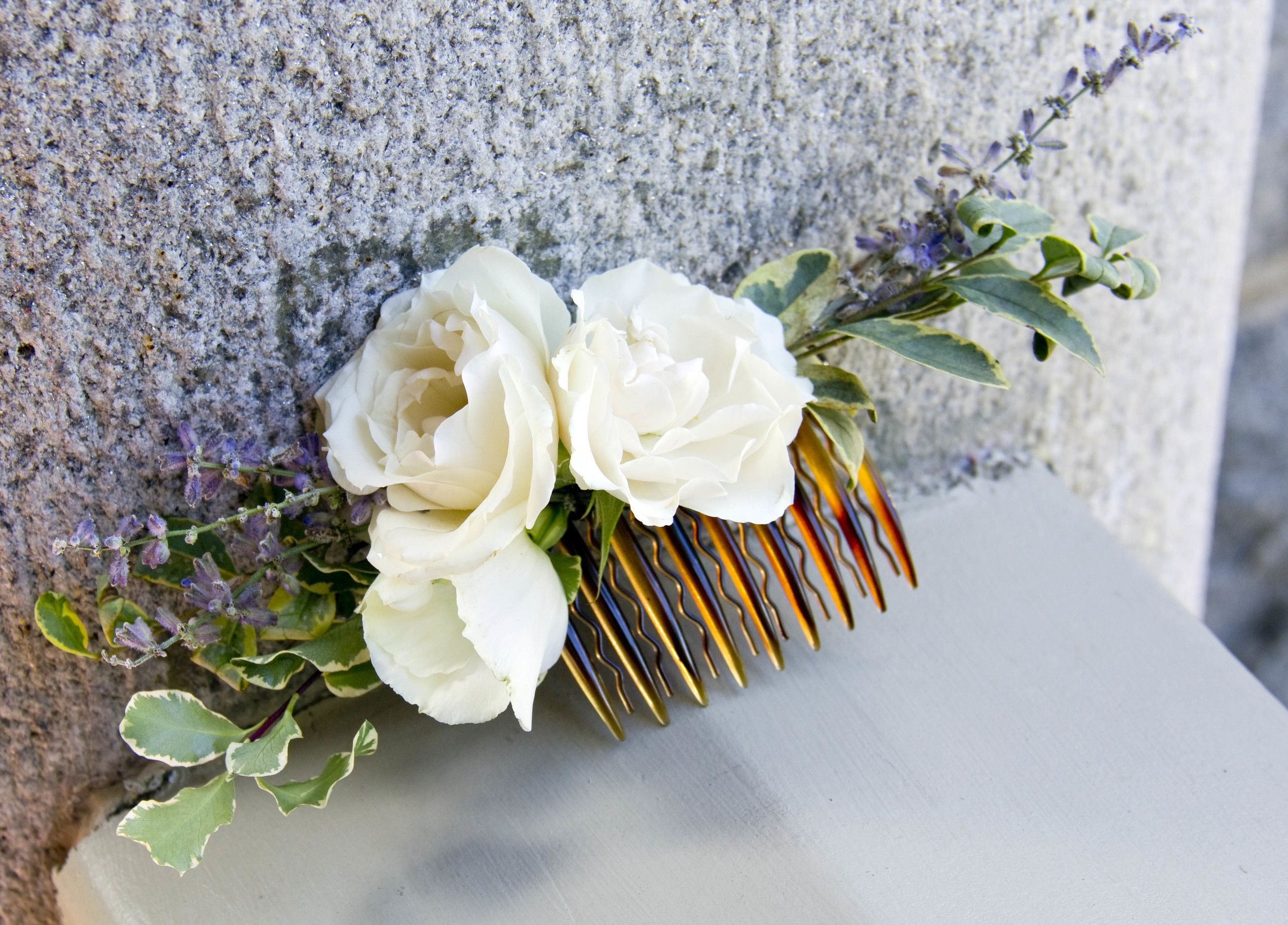 Simple hair piece for a junior bridesmaid or flower girl for Flower sprays for weddings