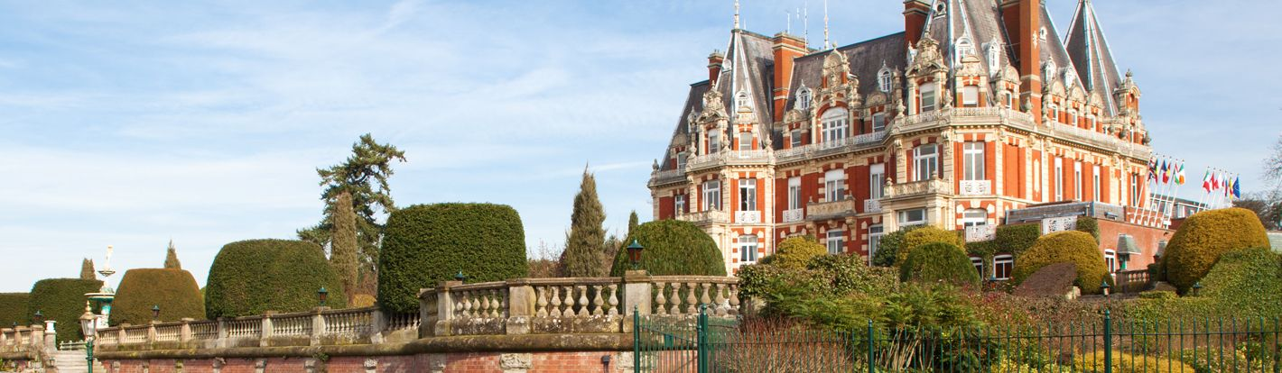 Chateau Impney! Beautiful Venue. Are you looking for team building venues? The smart people at The Events Company have put together a list of the best team building venues in the midlands!