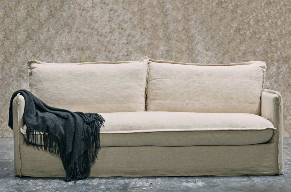 The Best Couches For Under 2 000 As Tested By The Strategist Cool Couches Low Sofa Couch