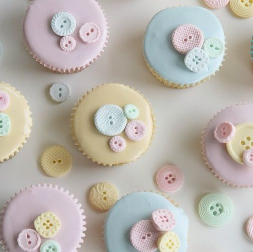 Baby Shower Cupcake Icing Ideas : Button cupcakes Cupcakes!!! Pinterest Cupcake ideas ...