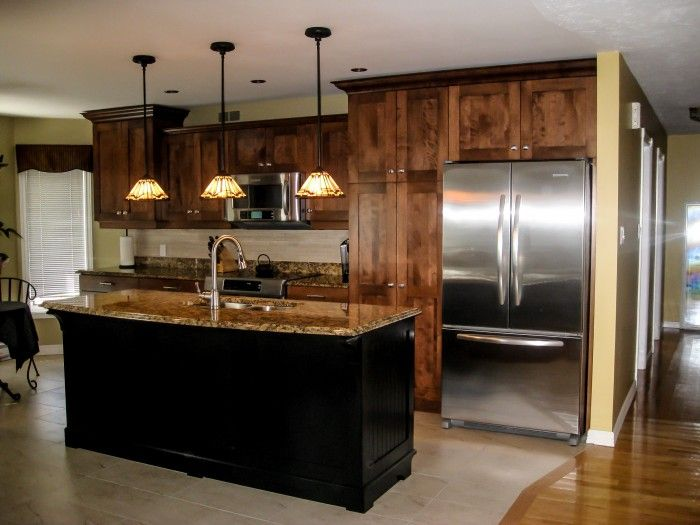 R novation compl te cuisine armoire en bois style shaker - Cuisine plancher bois ...