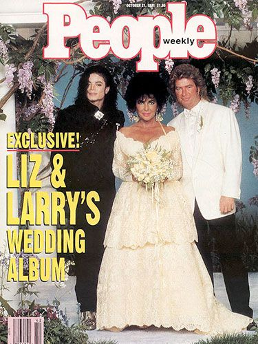 Lovely Elizabeth Taylor Wedding Dresses   1991   Larry Fortensky   Construction  Worker   @ Michael Jacksonu0027s Neverland. Two Tiered Pastel Yellow Lace Gown  ...