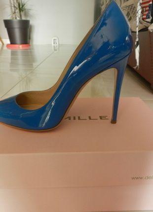 18814f313ee2 Épinglé par Alex sur vente vêtement | Shoes, Stiletto heels et Heels
