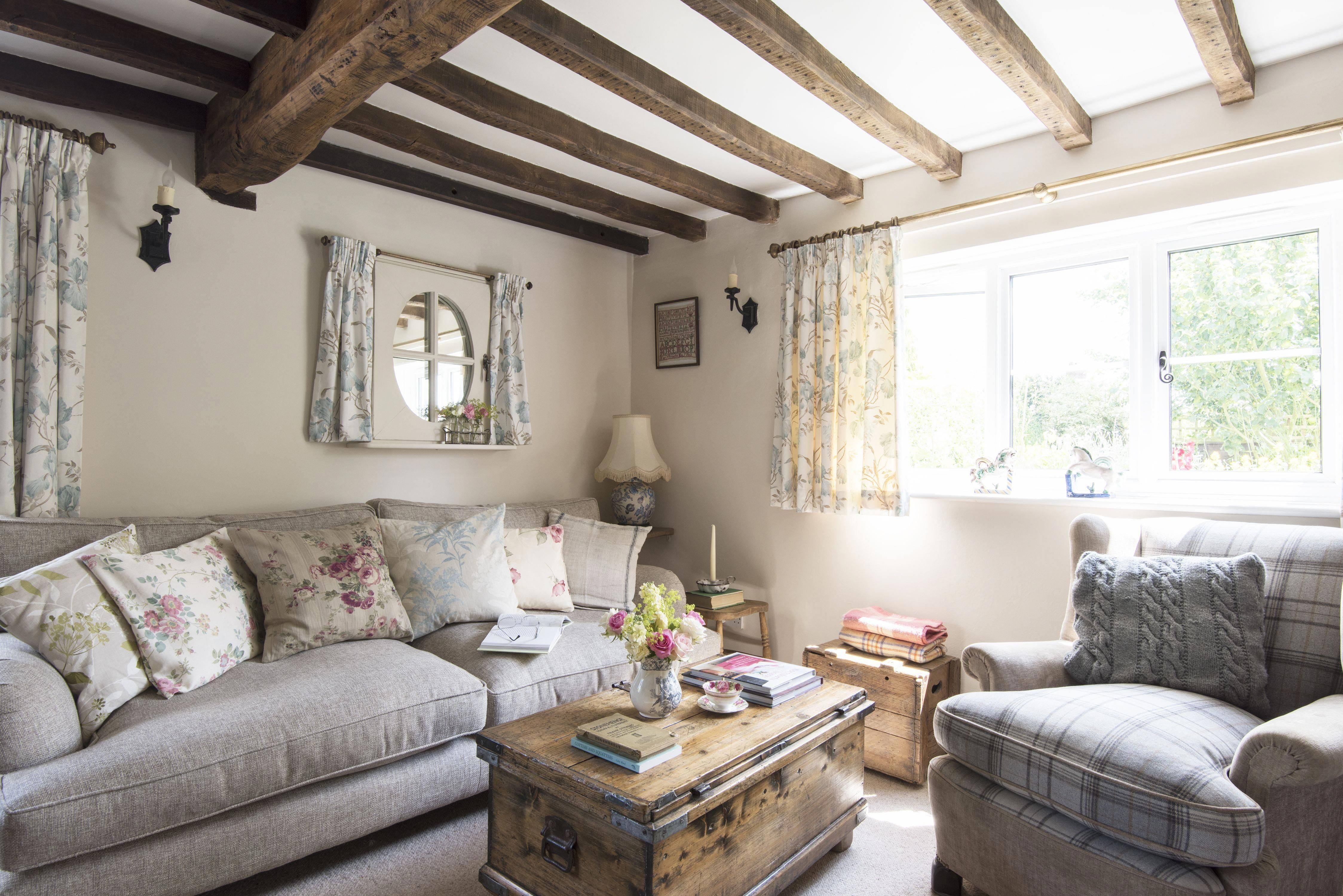 Astounding Country Cottage Furniture Look At Our Blog For A Whole Lot More Good Ideas Co Cottage Living Rooms Country Cottage Interiors Country House Decor