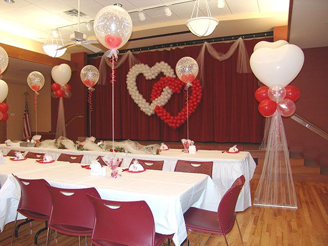 Beautiful and inexpensive decorations with balloons beautiful and inexpensive decorations with balloons weddingplanning budget balloon decor pinterest decoration wedding balloons and wedding junglespirit Images