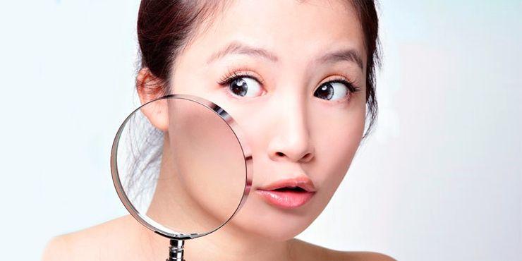 Cosas que te están causando acné y tu ni enterada