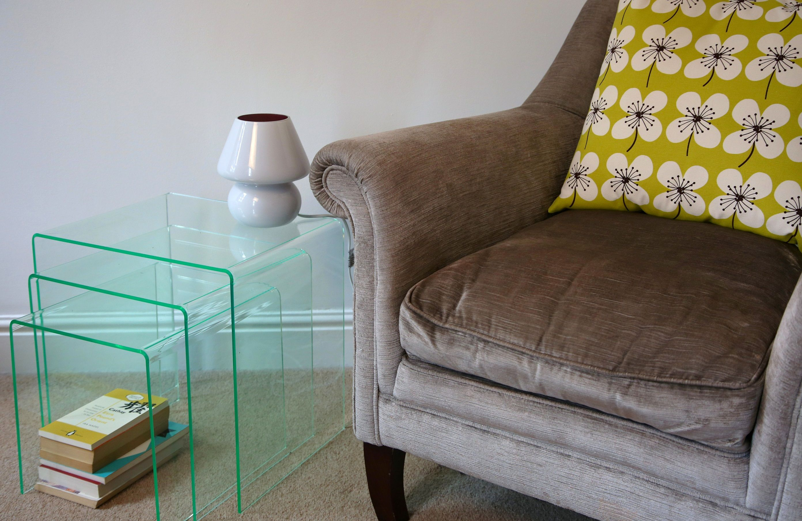 Made in the UK these realistic glass effect Perspex nested