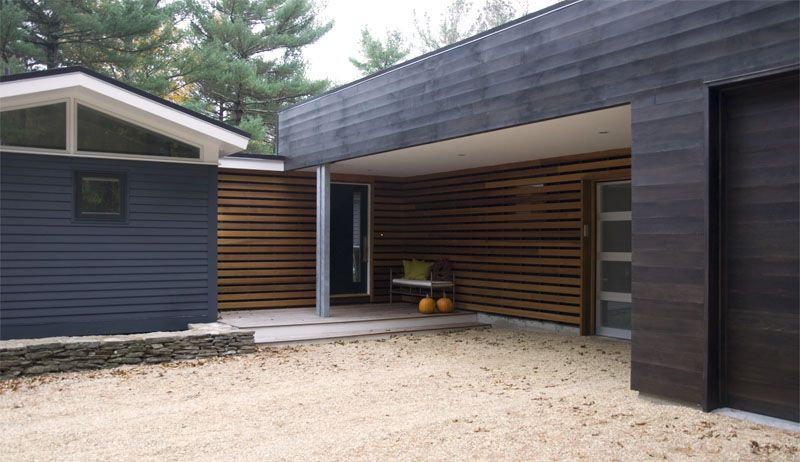 Pin By Lisa Loveless On House In 2020 Mid Century Modern Exterior House Exterior Mid Century Modern Exterior Paint