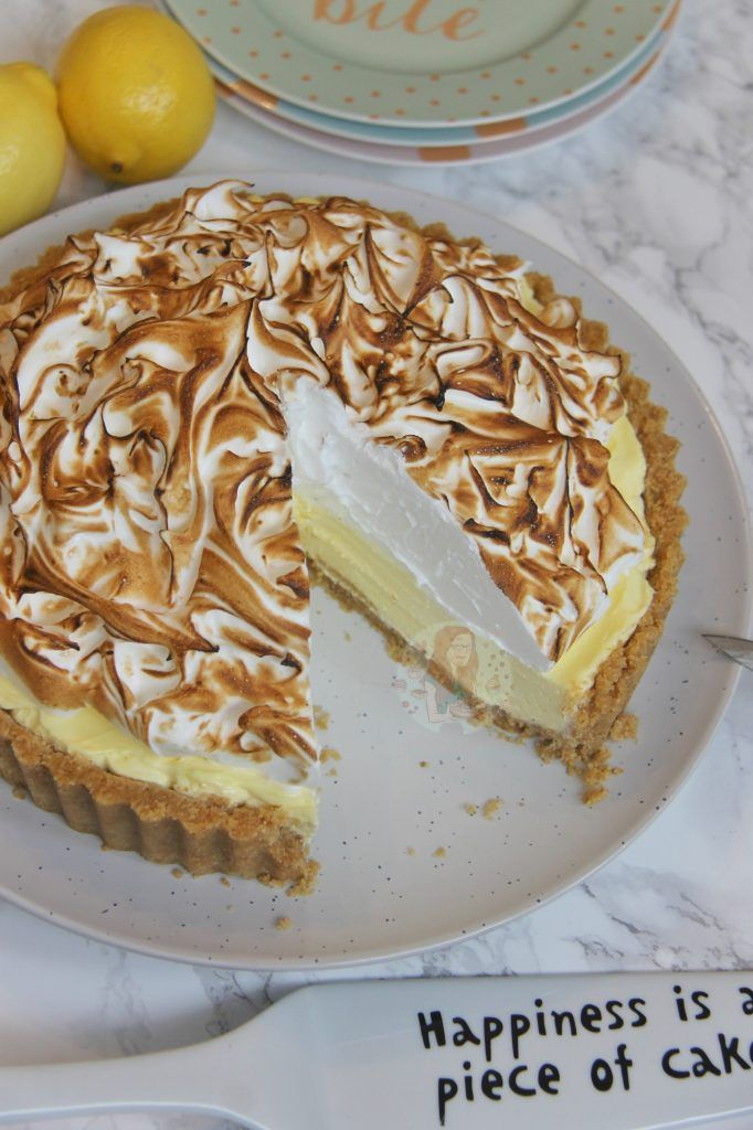 No-Bake Lemon Meringue Cheesecake! - Jane's Patisserie #lemonmeringuecheesecake