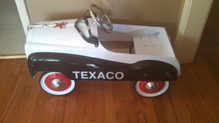 Texaco Child S Pedal Car In Jessa995 S Garage Sale Mckinney Tx Pedal Cars Texaco Car Ins