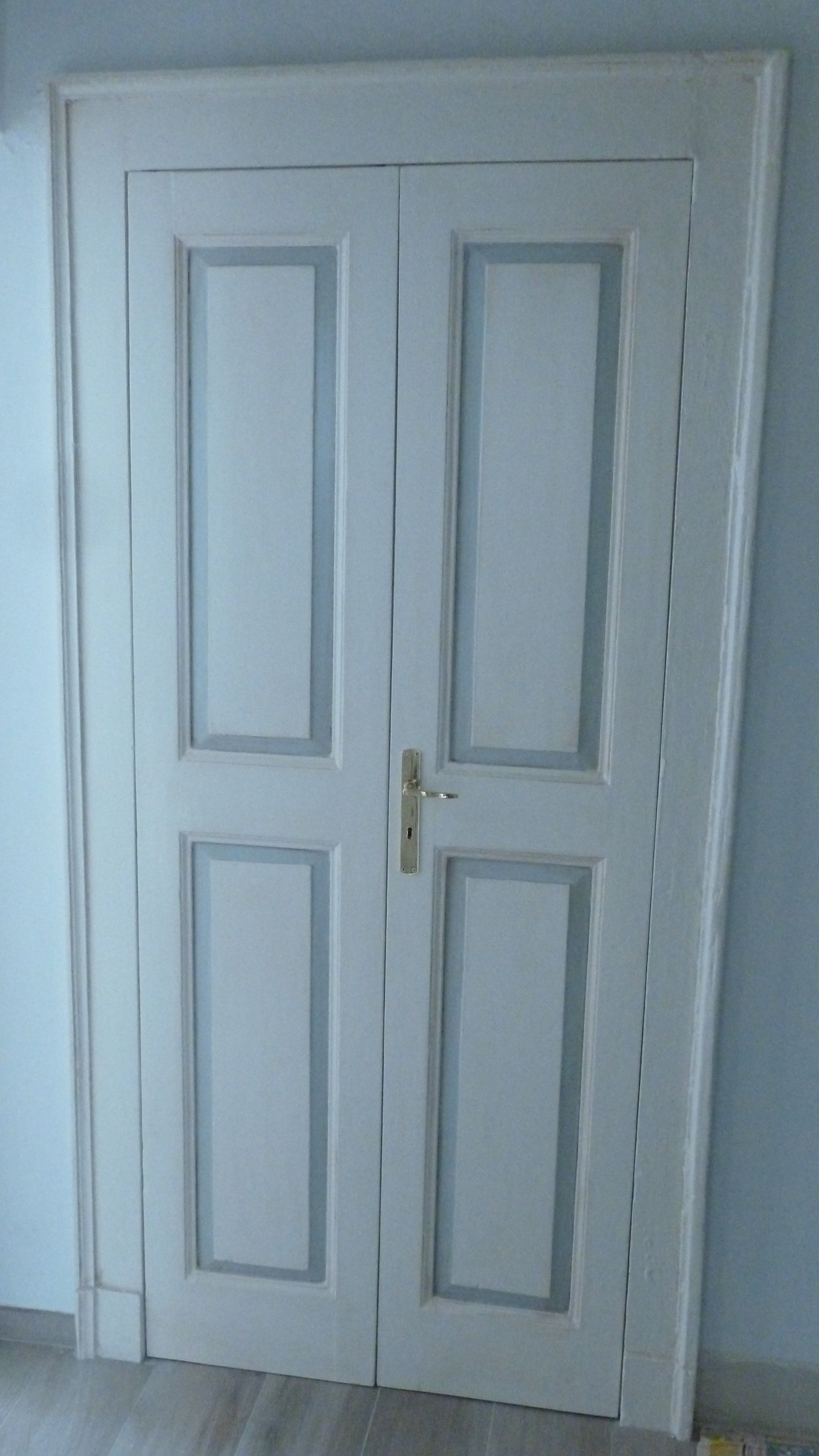 Porta interna a due ante pannellata originale primi del \'900 ...