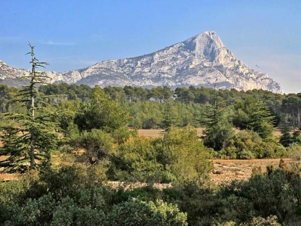 Sainte Victoire moutain, South of France