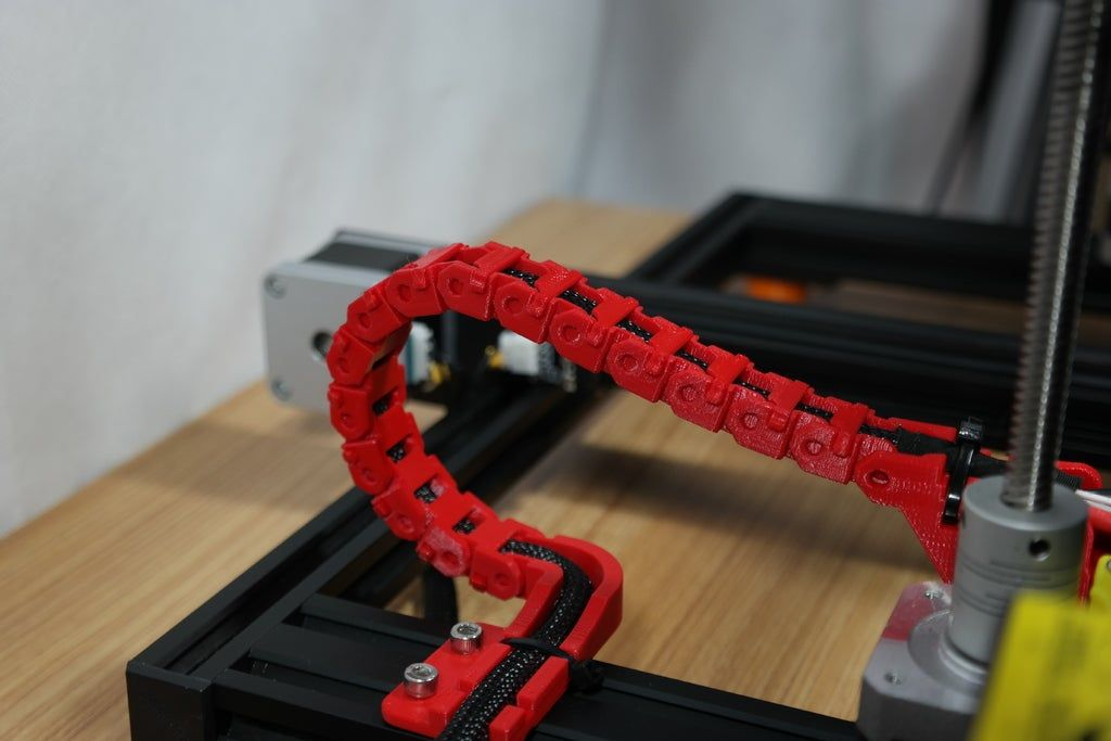 Creality Cr 10s Y Axis Cable Drag Chain And Strain Relief By Zep To 3d Druck Thingiverse 3d Printing Projects Cable 3d Printing