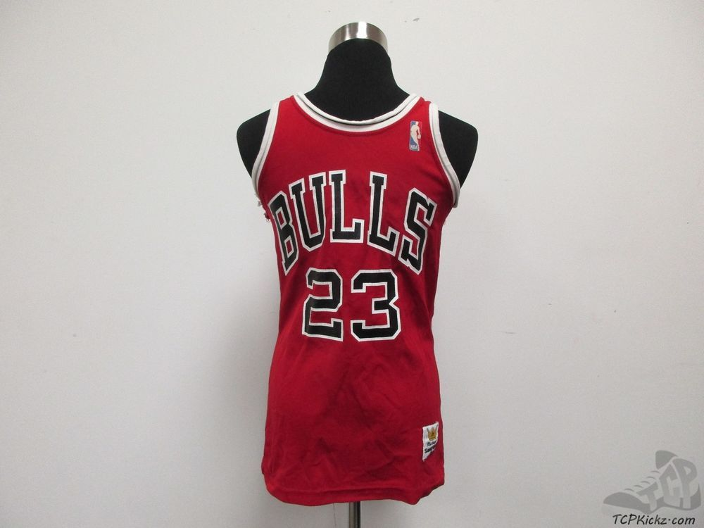 sports shoes 408a3 d57a3 Vtg 80s MacGregor Sand Knit Chicago Bulls 23 Jordan ...