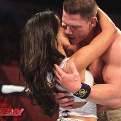 who is aj from raw dating