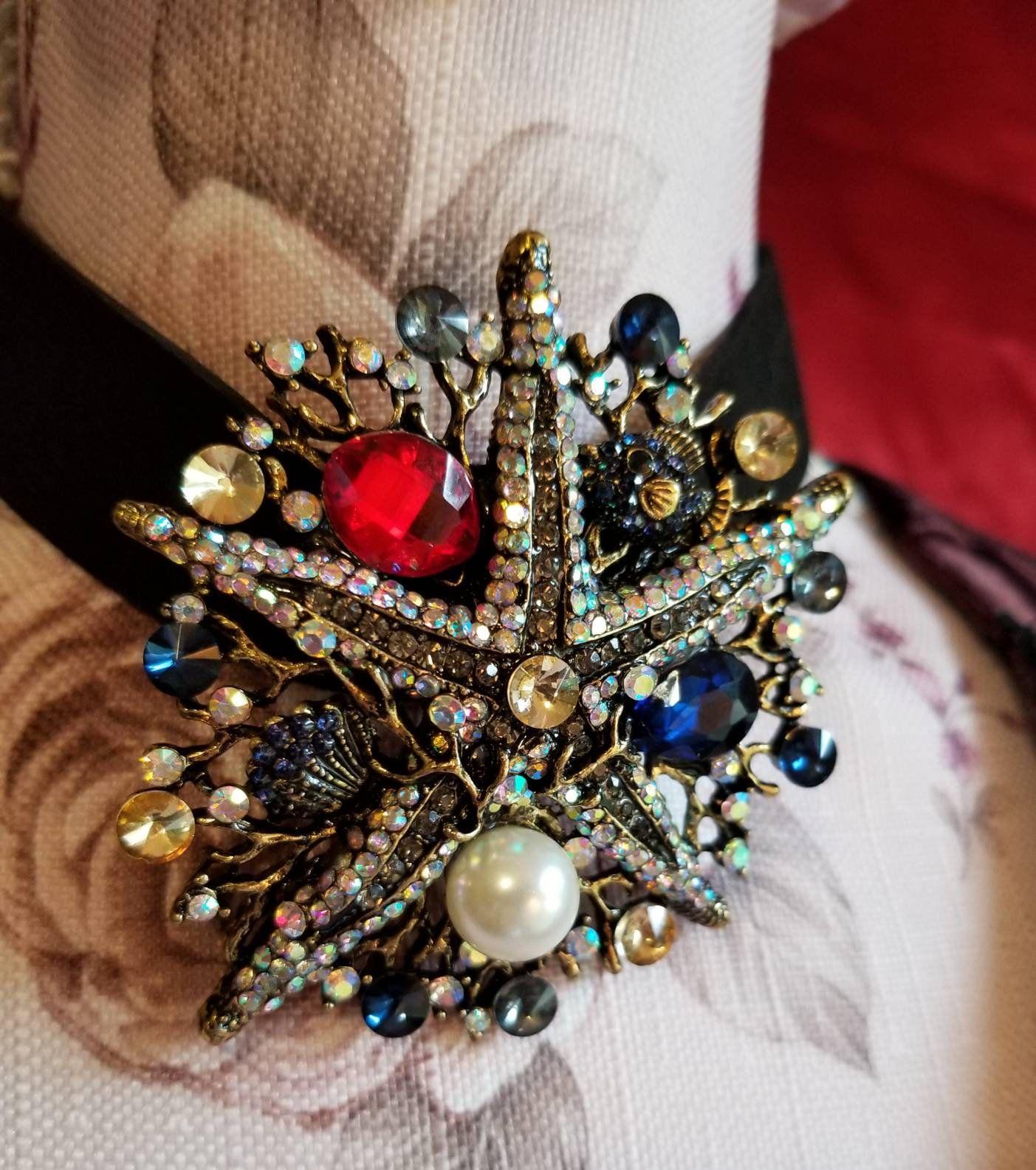 Vintage open back crystal rhinestone choker necklace silver tone-bridal choker-bridesmaid-unique floral motif