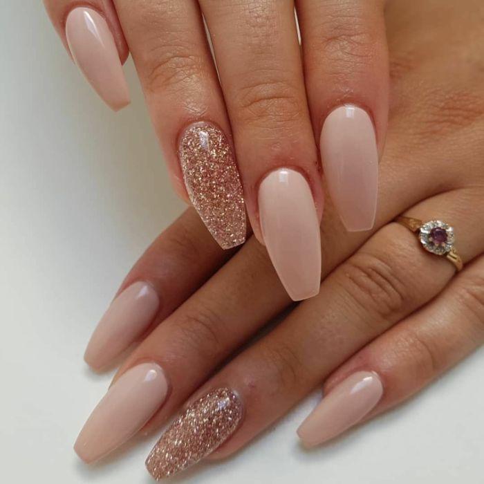 #coffinnails #ballerinanails #gelnails #nails #lightrose #