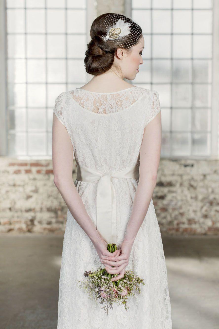 Labude - Brautkleid Elise Hochzeitskleid im Vintagestil Cremefarbene ...
