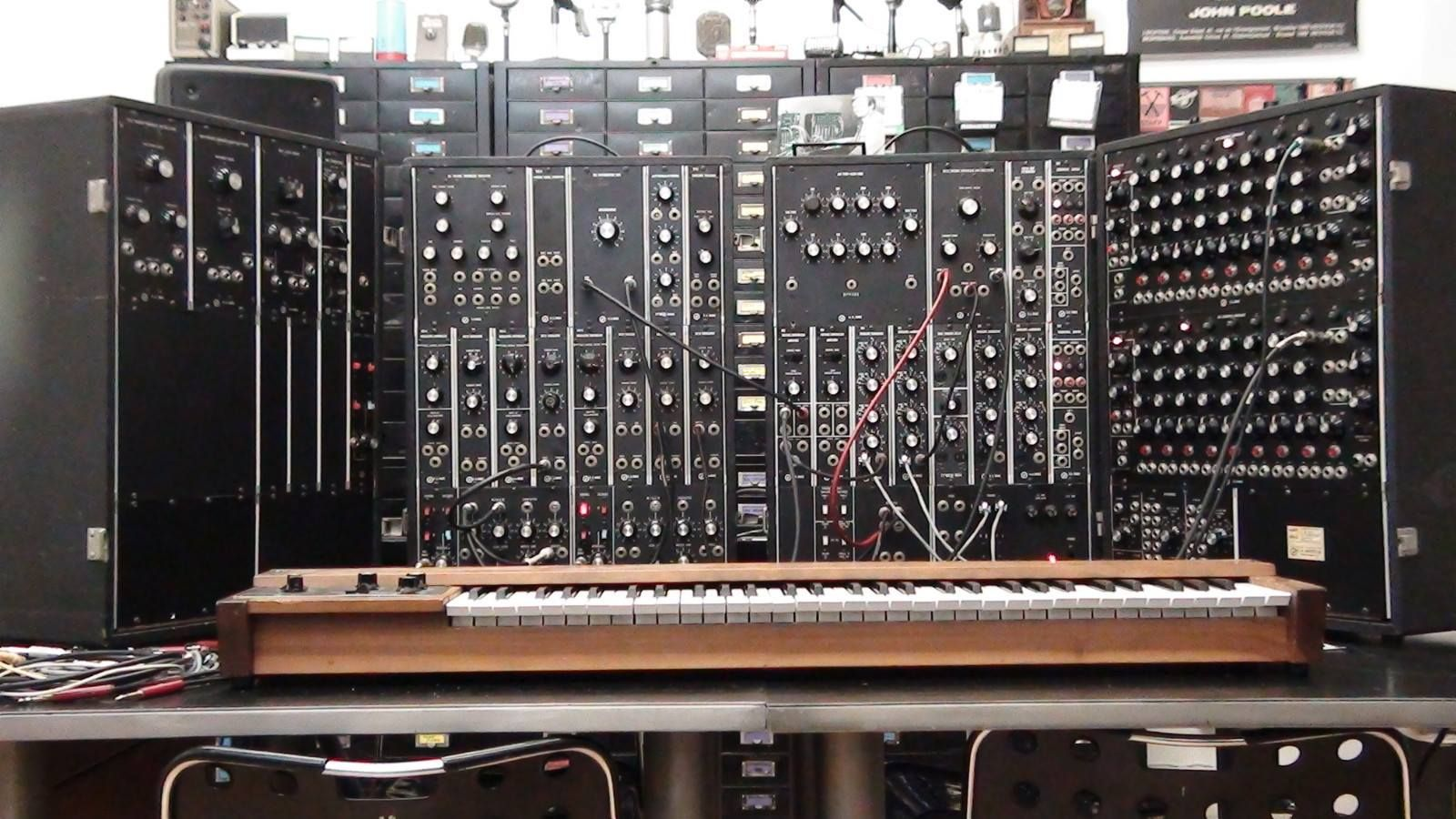 control voltage keyboard modular synthesizer synths and vintage keyboards moog synthesizer. Black Bedroom Furniture Sets. Home Design Ideas