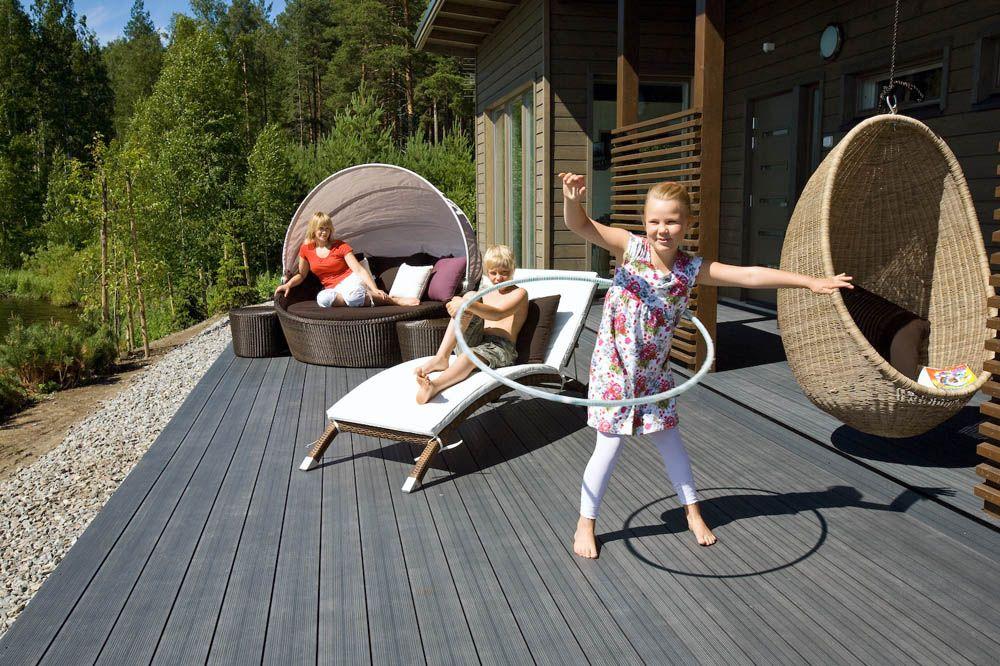 terrassendielen aus thermoholz wpc terrassendielen. Black Bedroom Furniture Sets. Home Design Ideas