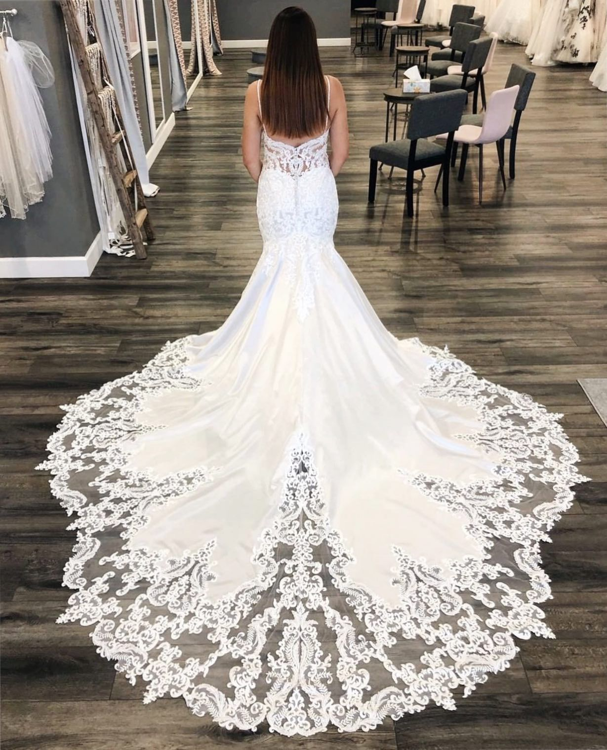 Mermaid Wedding Dress With Long Train Morilee Style 2121 In 2021 Size 12 Wedding Dress Formal Dresses For Weddings Wedding Dresses [ 1517 x 1229 Pixel ]