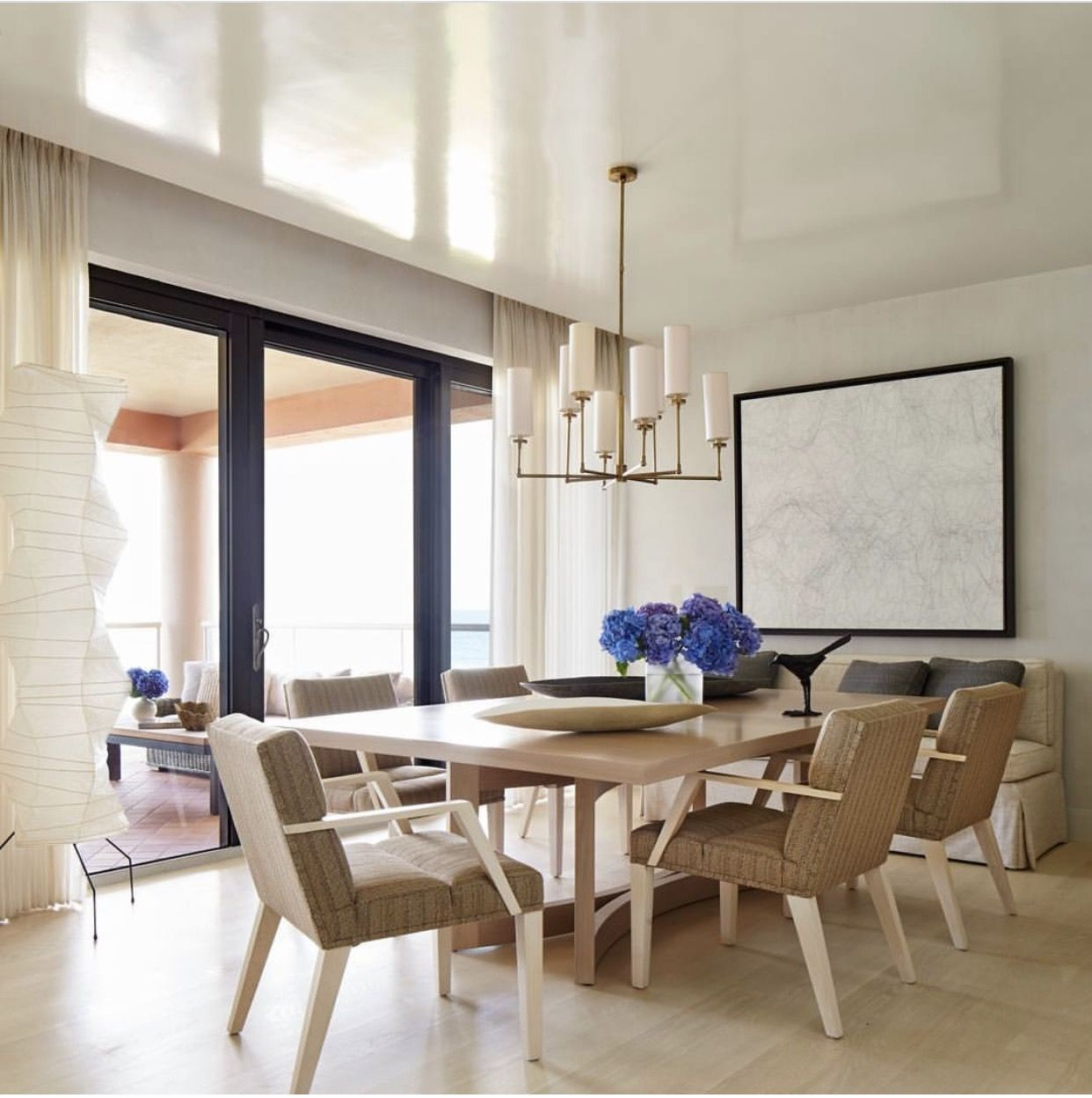 Sand, beige and white make for a soothing color palette in Palm ...