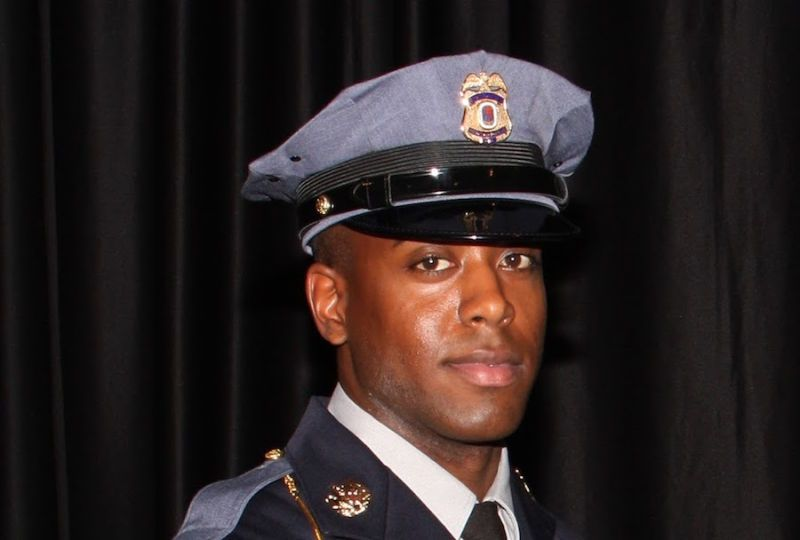 Black Maryland Cop Killed By Fellow Officer Who Thought He Was Shootout Suspect Police Officer Shot Police Police Officer