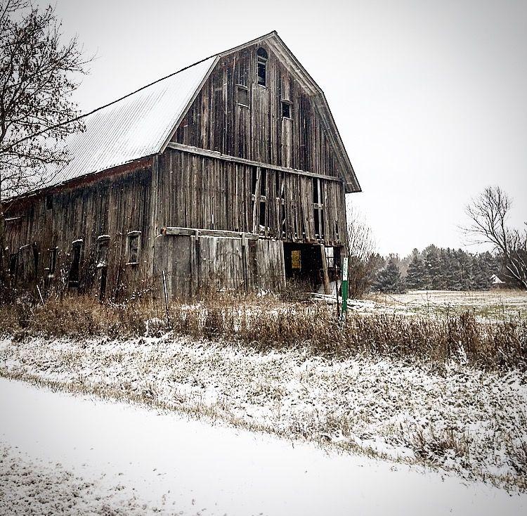 Old 1800s wood barn in Michigan. | Old barns, Old barn, Barn