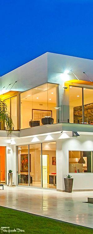 Contemporary Architectural Home — Très Haute Diva