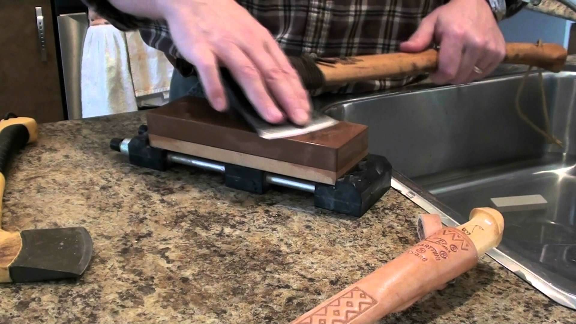 How to sharpen an axe with waterstones idee