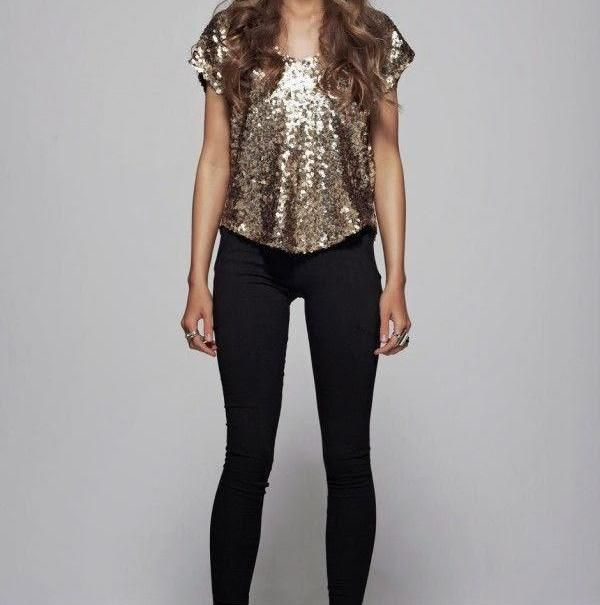 Simple Meets Glam New Year S Eve Outfit Ideas Eve Outfit New Years Eve Outfits Holiday Outfits Women