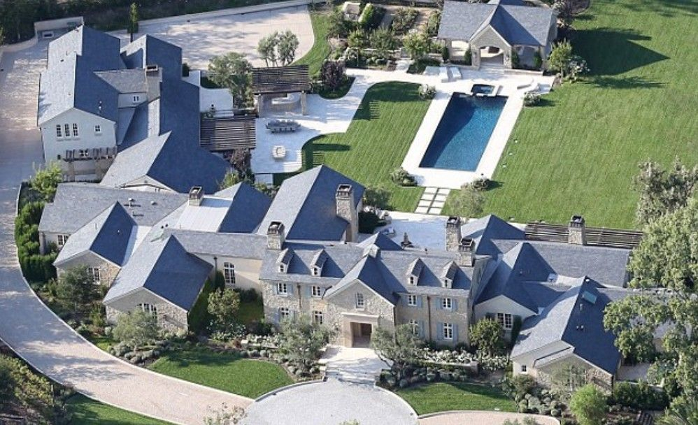 Kanye West Net Worth How Many Dollars Rich Is He Luxury Homes Dream Houses Mansions Kim And Kanye House