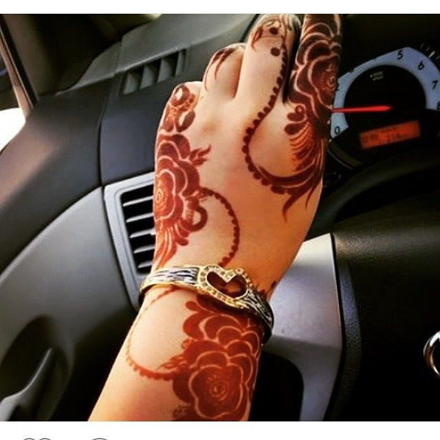 Instagram Photo By نجران حنايه Aug 21 2015 At 3 14am Utc Henna Beautiful Henna Designs Arabic Henna Designs