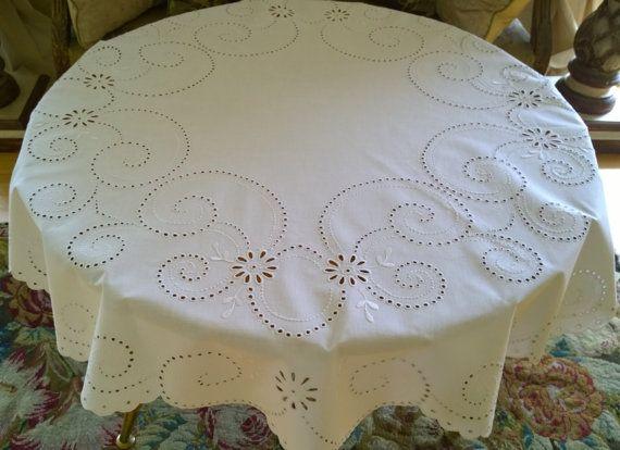 Antique Polish Round Tablecloth/ Beautiful Polish di MAChic