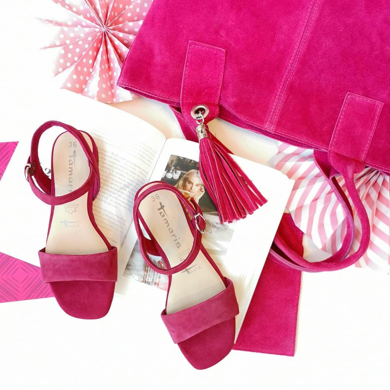 Fuksja To Niezaprzeczalny Kolor Lata Delikatne Sandaly Tamaris To Piekny Dodatek Do Letnich Stylizacji Tamaris Sandaly Sandals Fuksja Skorza Shoes