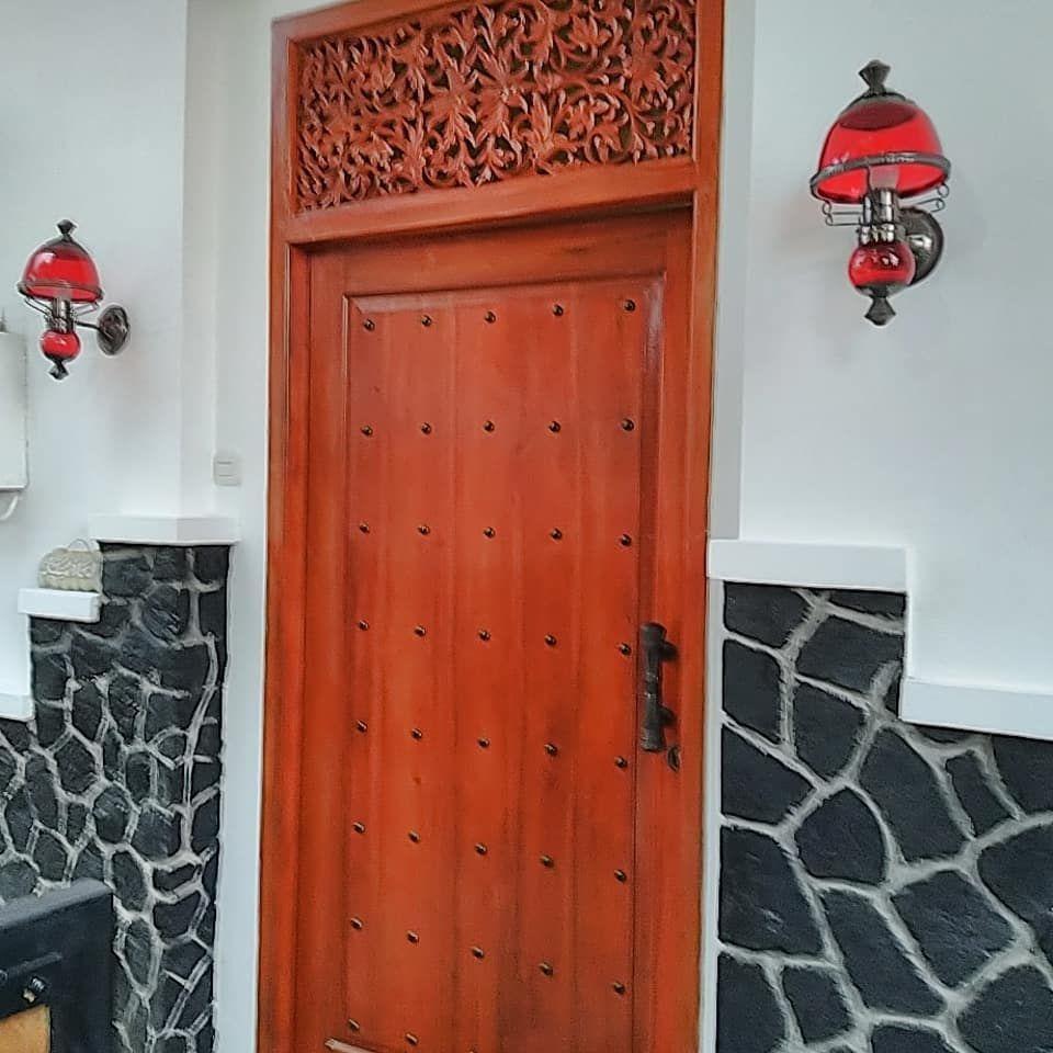 Installed Hamsa white Notoprajan homestay, yogyakarta Custo …